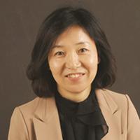 photo portrait of visiting scholar Ga Eon Lee