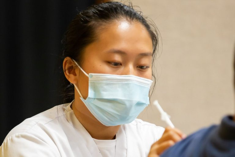 BSN student administers COVID vaccination